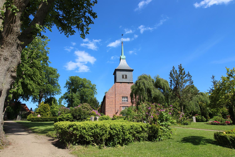 Kirche Dänischenhagen