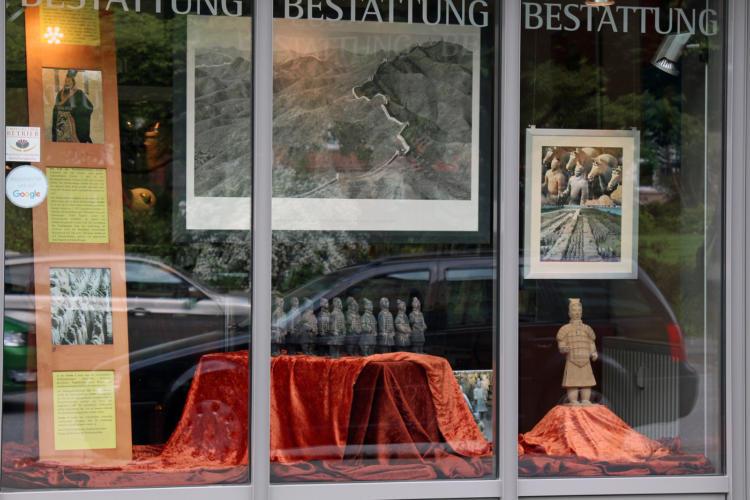 Schaufenstergestalltung Terrakotta-Armee