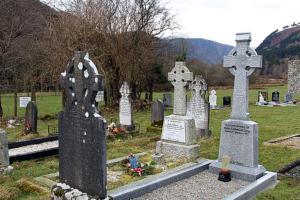 Friedhof Irland Glendalough in den Wicklow Mountains