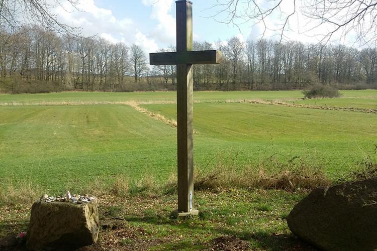Bothkamp an der Eiderquelle Kreuz